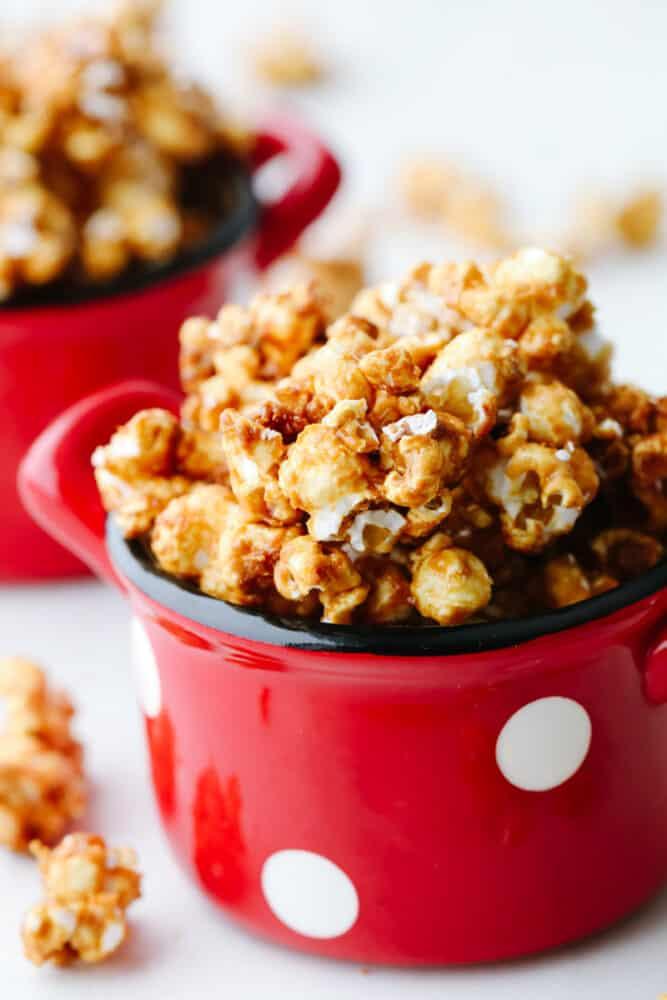 Crunchy caramel corn in a bowl.