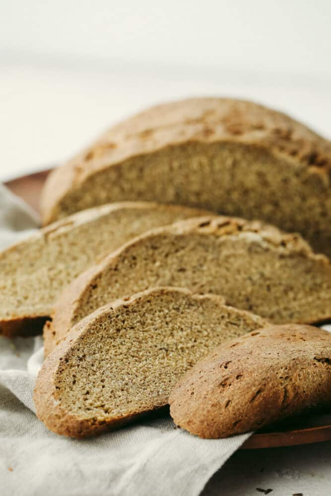 Slices of rye bread ready to eat.